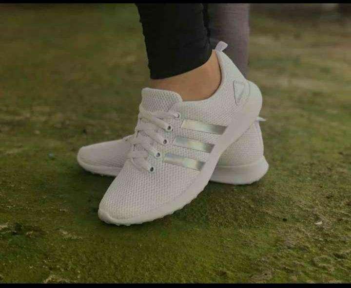 Calzados Adidas para damas - 1