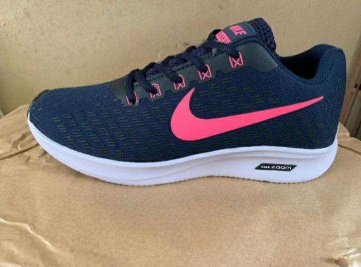 Calzados Nike para damas - 1