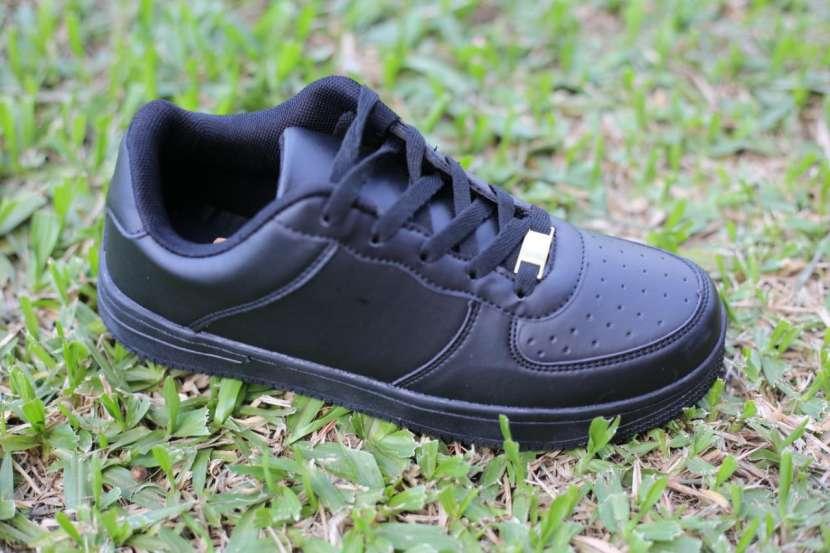 Sneakers Unisex - 1