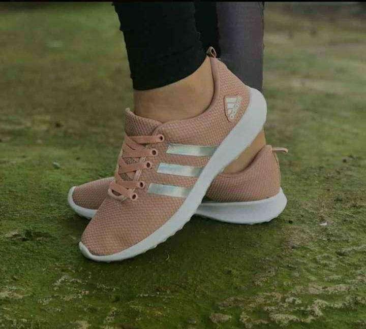 Calzados Adidas para damas - 2