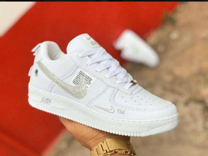 Calzados Nike para damas - 2