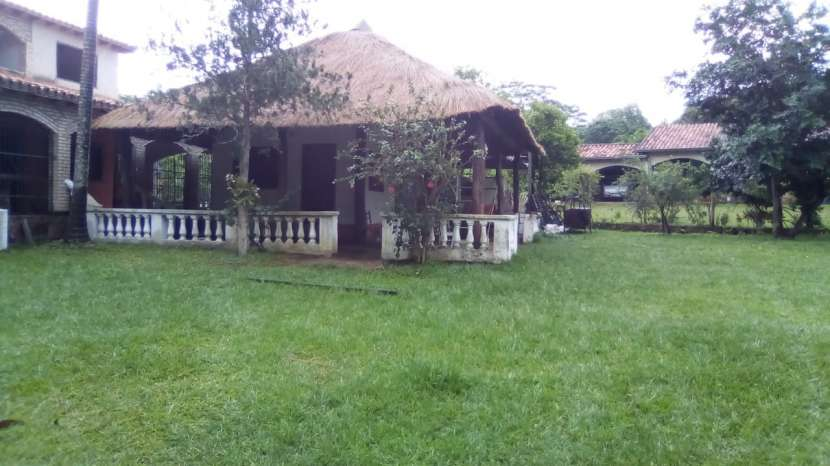 Casa quinta en Itacurubi de la Cordillera M6079 - 7