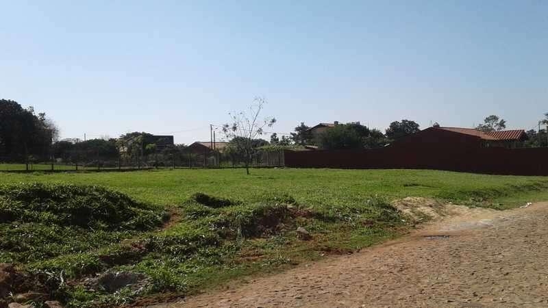 4 terrenos en Villa Elisa a media cuadra de Von Poleski - 0