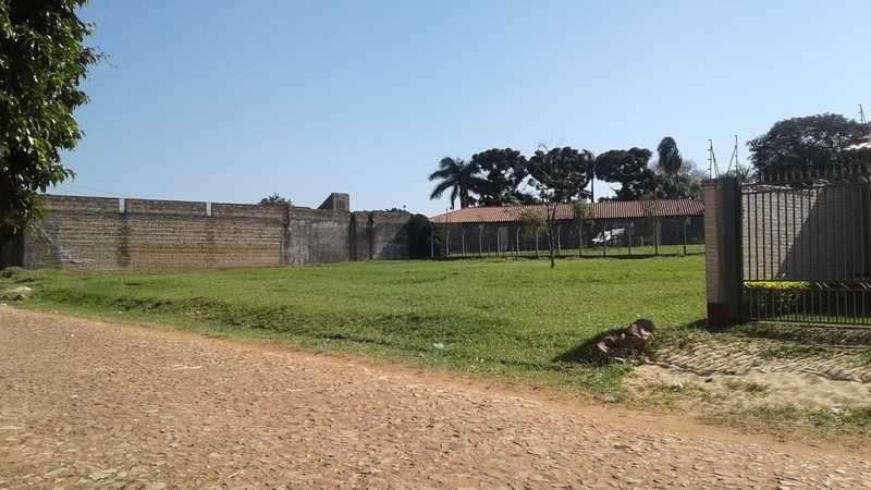 4 terrenos en Villa Elisa a media cuadra de Von Poleski - 2