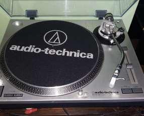 Tocadiscos Audio-Tech