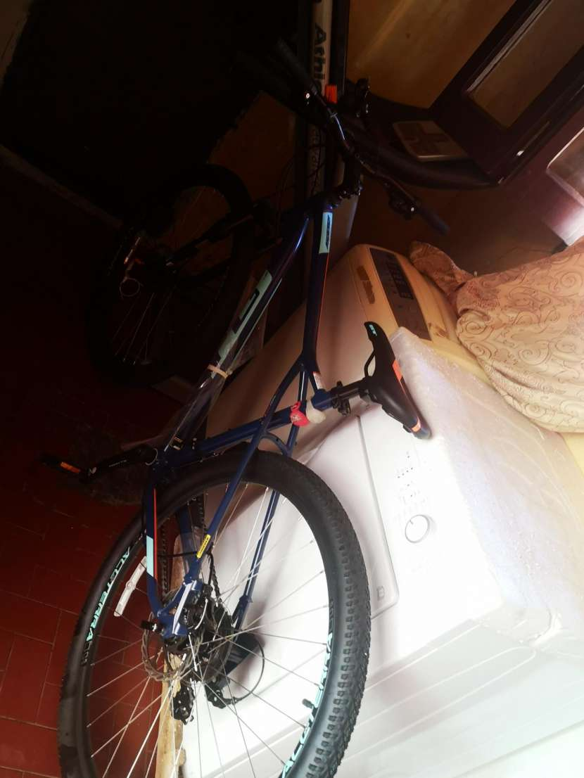Bicicleta GT aro 29 - 1