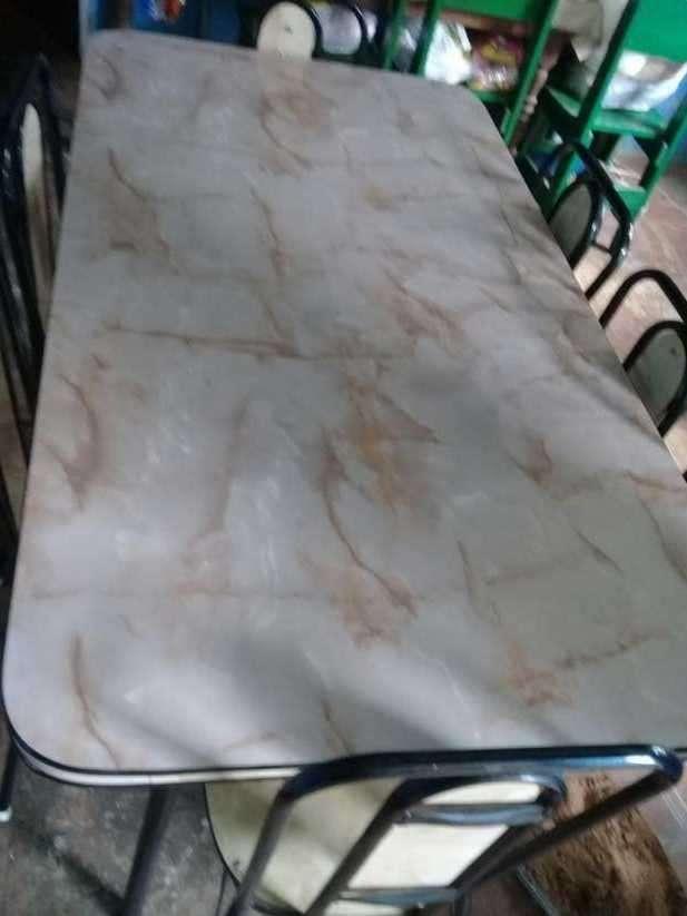 Mesa de 6 sillas - 1