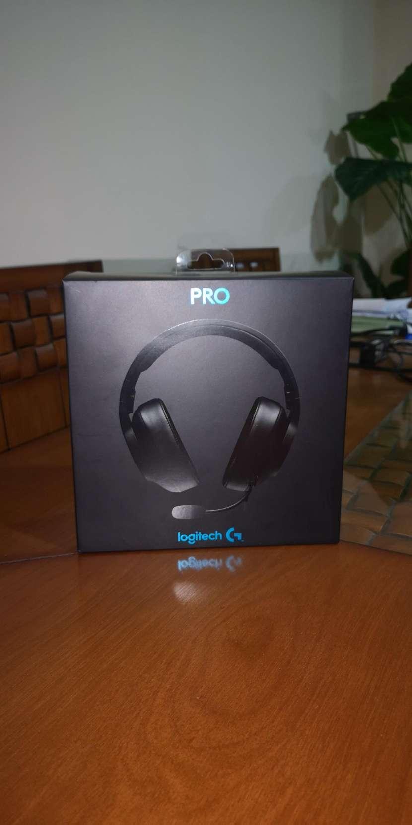Auricular Headset GAMER Logitech G PRO - 0