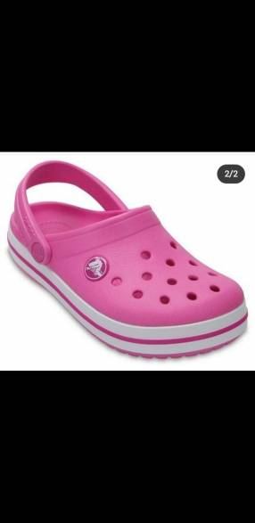 Crocs original color rosa