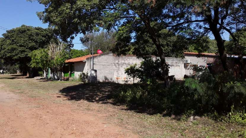 Terreno en Limpio Barrio Santa Lucia - 0