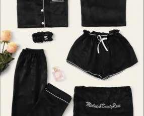 Set de pijama en negro satén