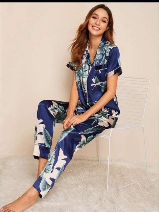 Pijama satín azul hojas pantalón camisa - 0