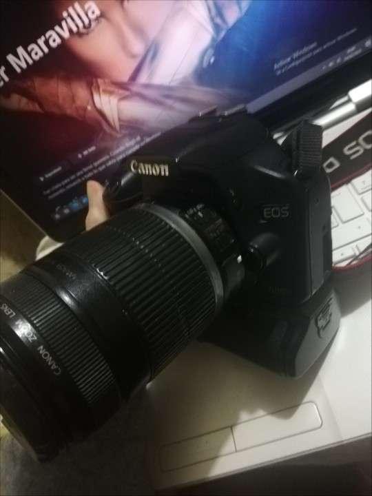 Cámara Profesional Canon 500D con lente 18-55mm - 0