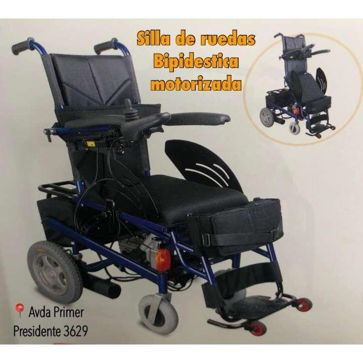 Silla de ruedas Motorizada con Bipedestación eléctrica - 0