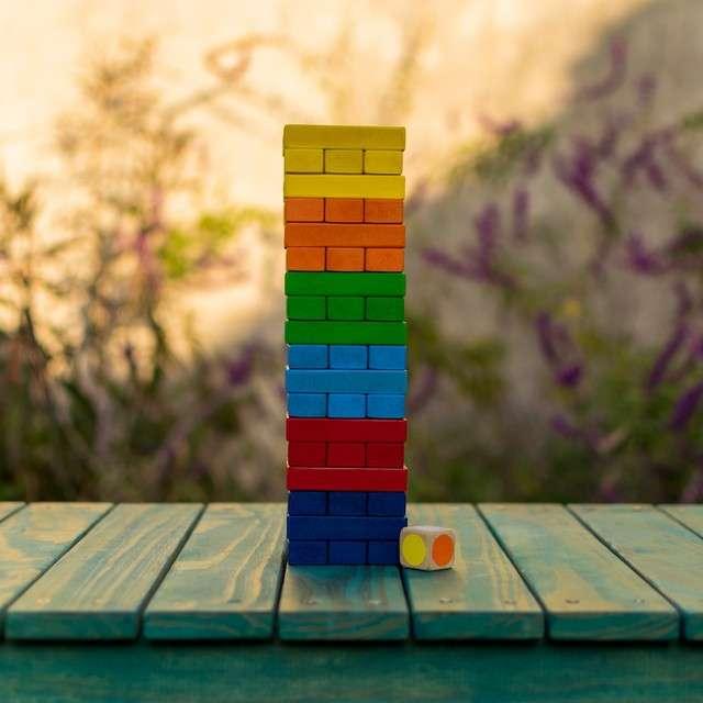 Tembleque colorido de madera 54 piezas - 0