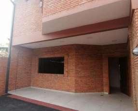 Duplex a estrenar en Fernando de la Mora zona Norte F3237