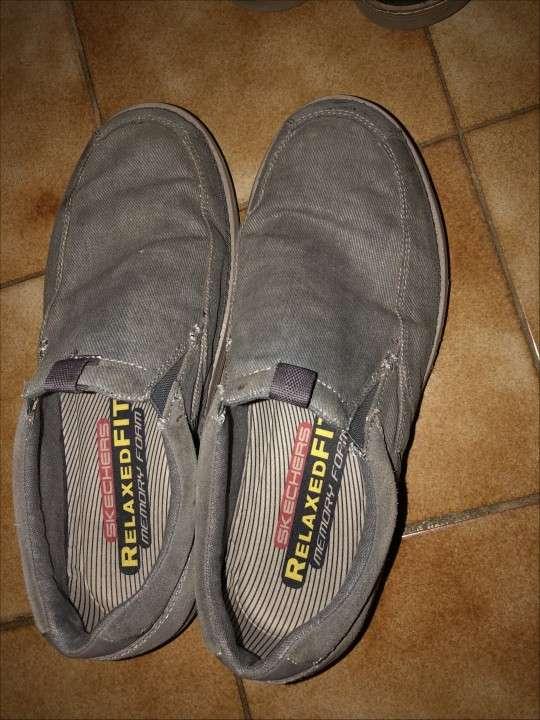 Champion y zapatos SKECHERS p/ hombre - 4