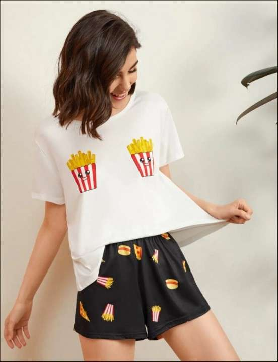 Pijama papa frita hamburguesa short y remera - 0
