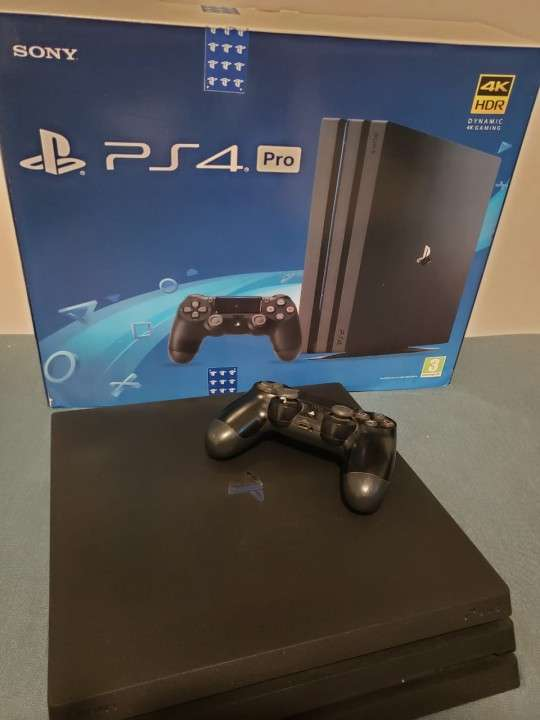 PlayStation 4 PRO 1 TB - 0
