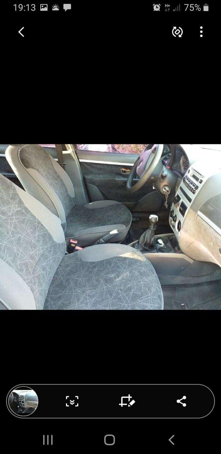 Fiat siena 2009 - 1