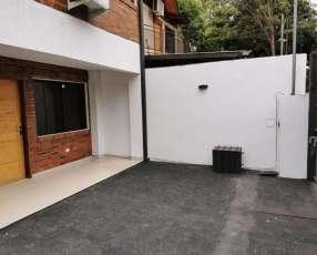 Duplex en Fernando de la Mora zona Mariscal López