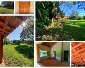 Casa con terreno de 2 hectáreas en La Colmena