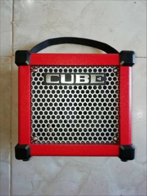 Amplificador Roland Micro Cube GX,