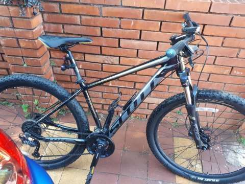 Bicicleta Scott 950 2019
