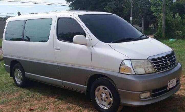 Toyota Grand Hiace 2000 - 2