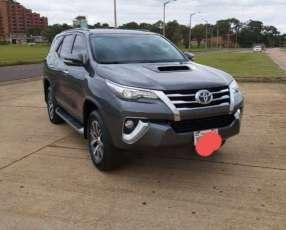 Toyota Fortuner 2017 automático