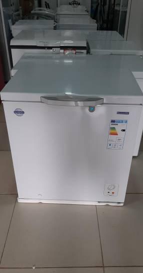 Congelador Goodweather de 205 litros