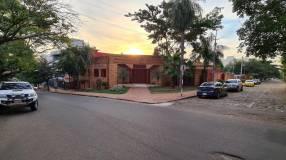 Residencia para vivienda u oficina en barrio Jara