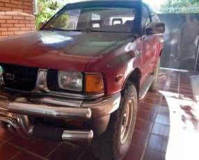 Isuzu MU 1996 motor 3000 turbo diésel mecánico 4x4