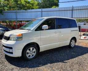Toyota noah voxy 2003