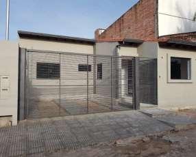Casa a estrenar en Mariano Roque Alonso