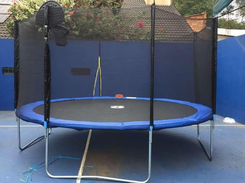 Cama elastica 4.3 mts. Con aro de basquet y pelota - 3