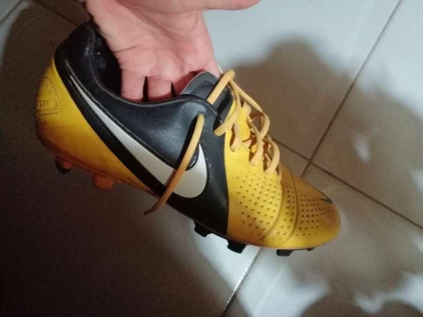 Botín Nike calce 44 - 1