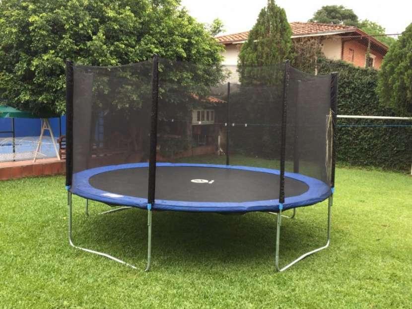 Cama elastica 4.3 mts. Con aro de basquet y pelota - 1