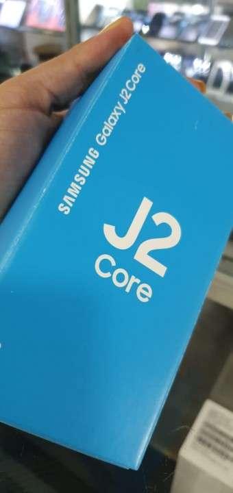 Samsung Galaxy J2 core 16 gb en caja - 0