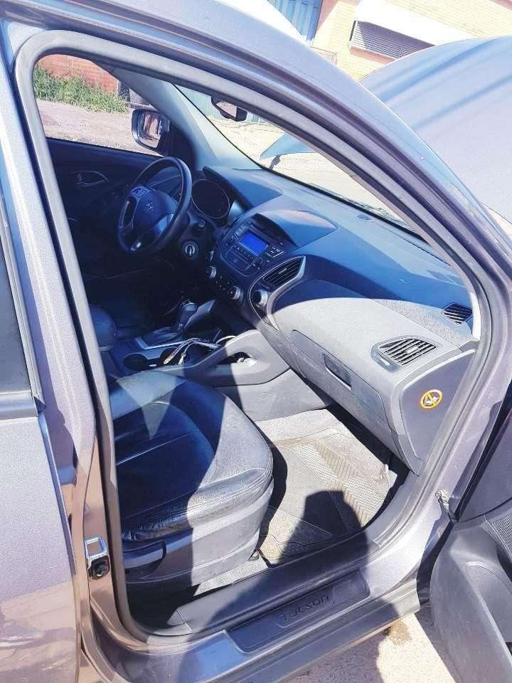 Hyundai Tucson 2015 motor turbo diésel automático 4x4 - 4