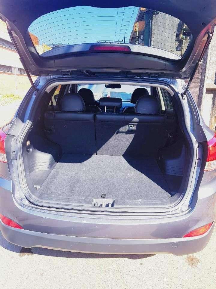 Hyundai Tucson 2015 motor turbo diésel automático 4x4 - 6