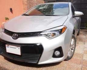 Toyota Corolla S 2015 motor naftero automático
