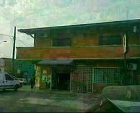 Casa en Asunción en zona comercial sobre Av. José Asunción Flores