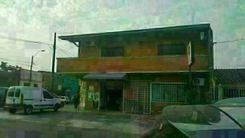 Casa en Asunción en zona comercial sobre Av. José Asunción Flores - 0