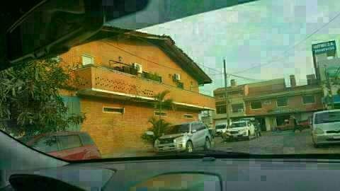 Casa en Asunción en zona comercial sobre Av. José Asunción Flores - 1