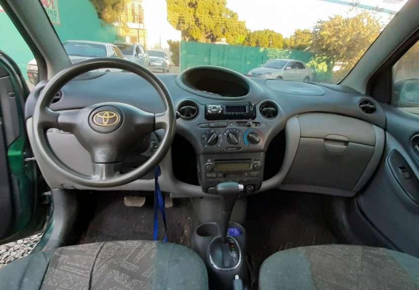 Toyota vitz 2002 - 6