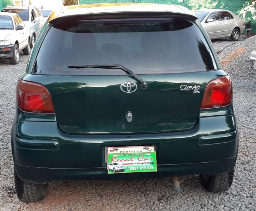 Toyota vitz 2002 - 4