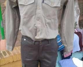 Pantalones tipo pampero-gaucho