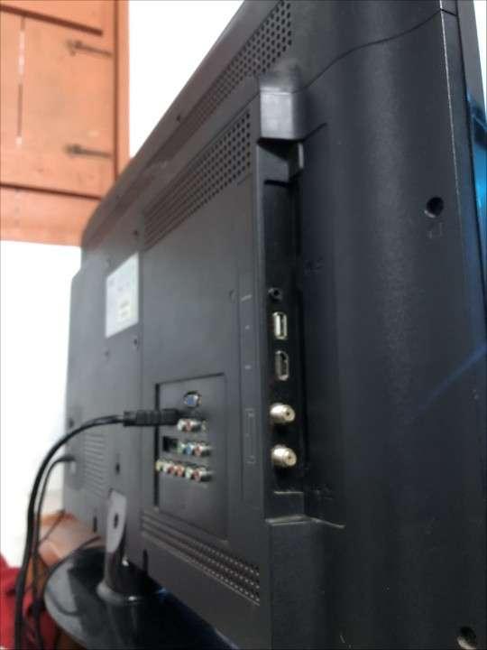 TV LED de 32 pulgadas AOC - 3