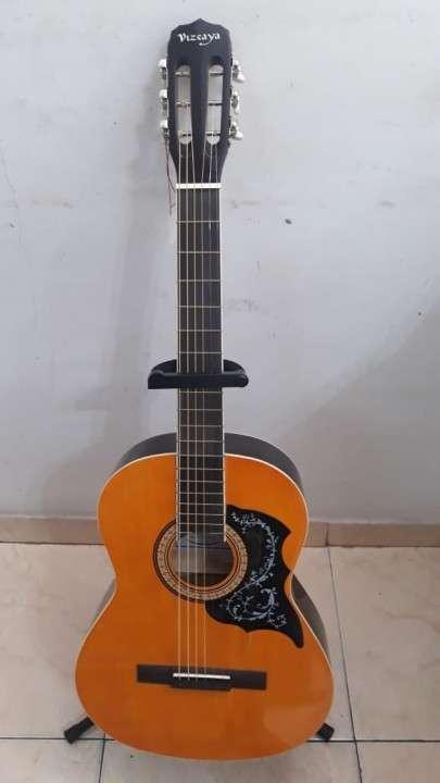 Guitarra vizcaya arfg94
